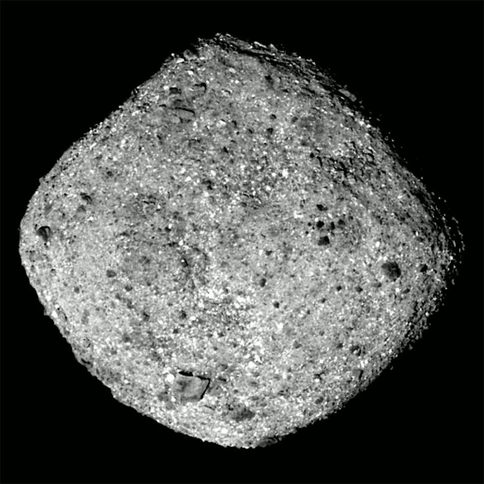 """ناسا تقترب من كويكيب """"قد يحوي مكونات الحياة"""" ..  يُشكل خطراً على الأرض"""