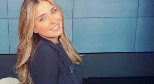 لارا منيف تثبت جدارتها وتترجم اخلاق مهنة الإعلام