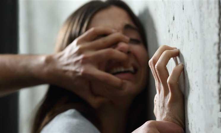 40 رجلا يغتصبون هندية على مدار أربعة أيام