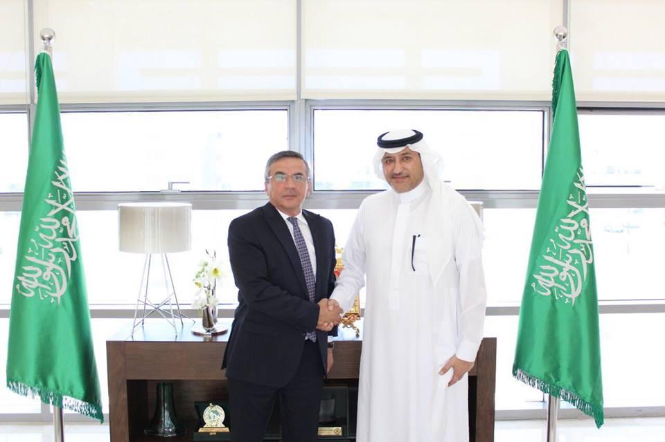 الأمير خالد بن فيصل بن تركي آل سعود يستقبل سفير جمهورية أذربيجان المعين حديثا في عمّان