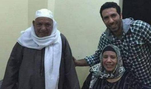 طيار أردني يرفض سفر والدة أبو تريكة على طائرته