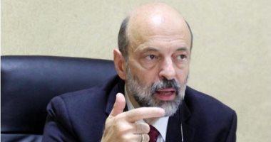 أمام رئيس الوزراء .. توقيف مستثمر اردني من قبل الحاكم الاداري