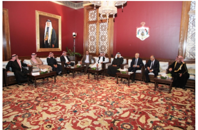 لقاء معالي رئيس الديوان الملكي الهاشمي مع وجهاء عشيرة الزعبي