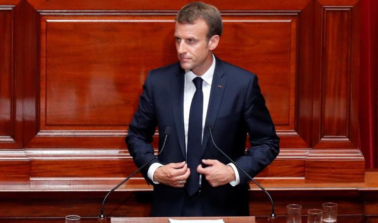 ماكرون يعلن عن قواعد لتنظيم الإسلام بفرنسا ..  ما هي؟