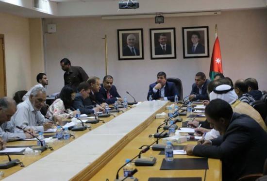 لجنة فلسطين في الأعيان تتضامن مع الاسرى الفلسطينيين