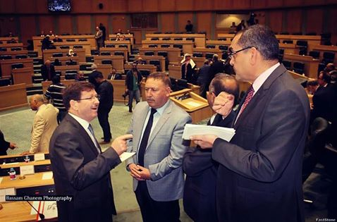النائب العزام يلتقي وزيري الشباب والصحة في إربد