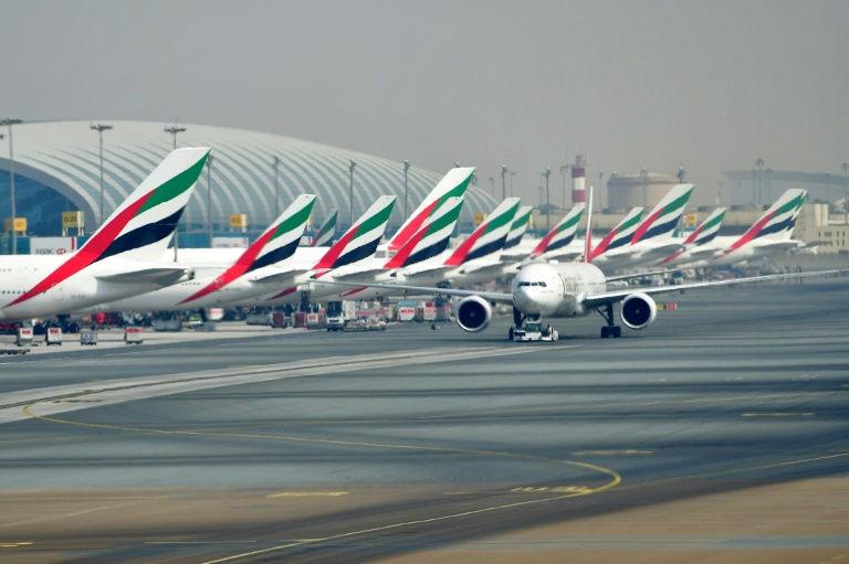 طيران الإمارات تطلب شراء 40 طائرة دريملاينر