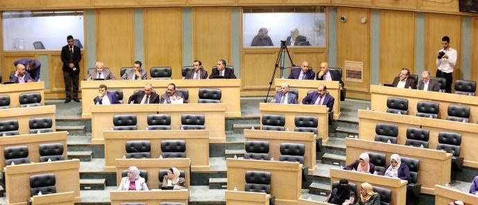 مجلس النواب يشرع في إقرار قانون صندوق الشهداء