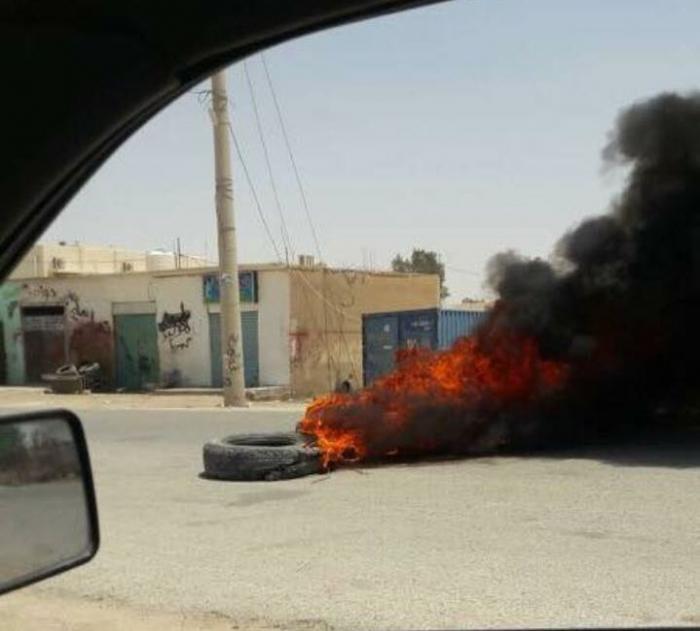 صورة: احتجاجات في الجفر بعد الحكم على منفذ عمليتها