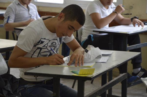 التربية: امتحان التوجيهي في موعده