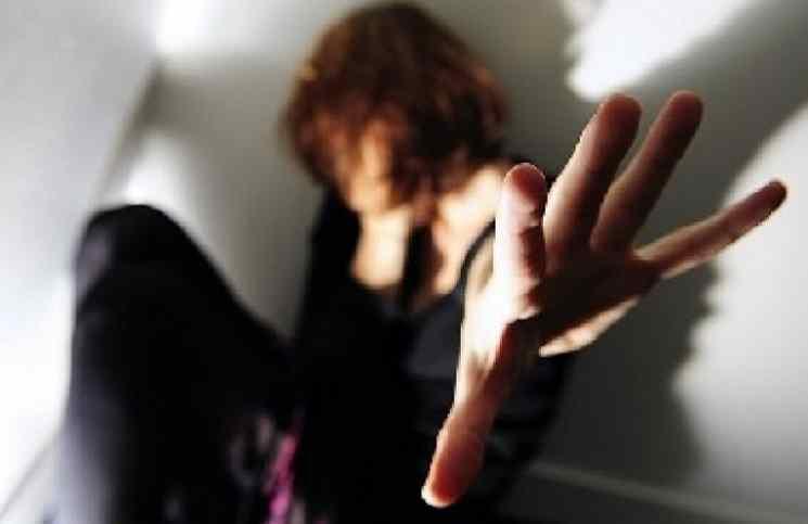 محكمة أردنية تقرر السجن 25 عاما لسوري اغتصب بناته الخمس