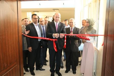 افتتاح مدرج كلية التربية ومختبر الحاسوب في جامعة مؤتة بتبرع من البنك الاسلامي الاردني