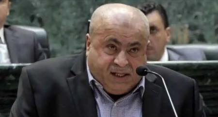 خليل عطية يطالب بعودة سفير قطر للاردن