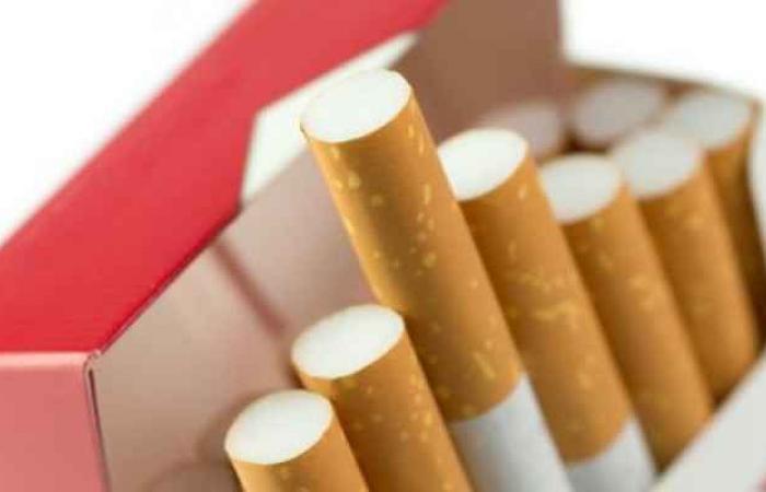 """""""العقبة الخاصة"""": عدم تضمين الدخان الرسوم الجمركية وضريبة المبيعات"""