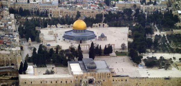 الأردن يطالب بازالة كافة معيقات وصول المصلين للمسجد الأقصى