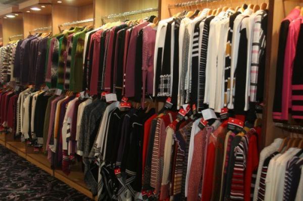 تموز الاكثر ركودا في قطاع الألبسة
