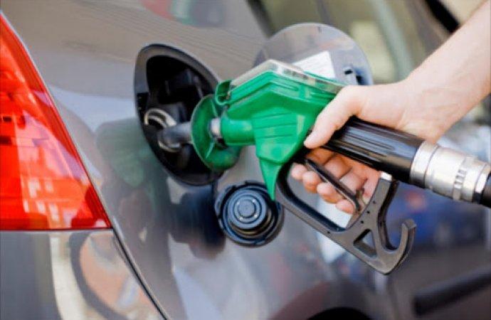 """""""المحروقات"""" تطالب الحكومة بضمها للجنة تسعير المشتقات النفطية"""