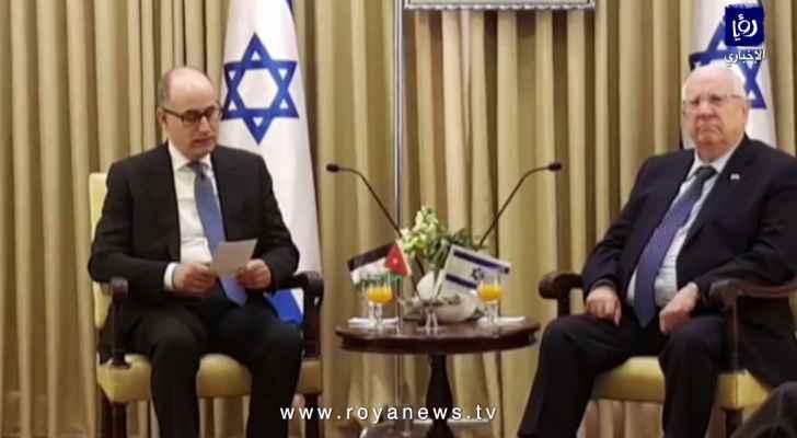 السفير الأردني المجالي يقدم أوراق اعتماده لرئيس كيان الاحتلال