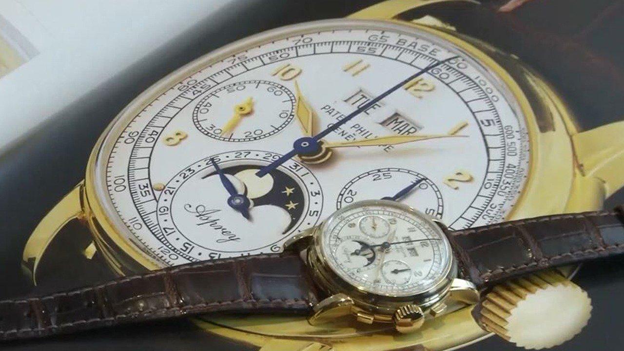 ساعة سويسرية تحقق 4 ملايين دولار بمزاد علني