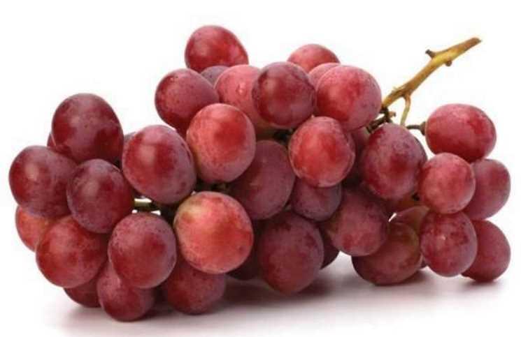 """مادة في """"العنب الأحمر"""" تساعد على تطوير علاج لسرطان الثدي"""