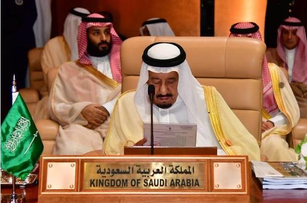 الملك السعودي يندد بـ''التدخلات الإيرانية السافرة'' في الدول العربية