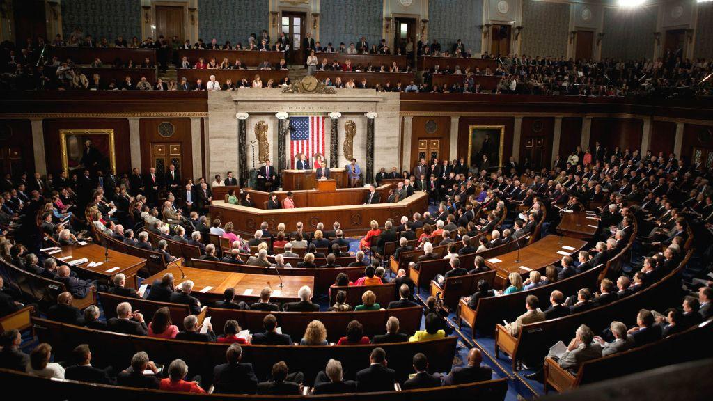الكونغرس يجدد استجواب وزير العدل جيف سيشنز في قضية روسيا