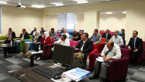 """مركز تطوير اعضاء الهيئة التدريسية في """"العلوم التطبيقية الخاصة"""" يعقد لقاءً تعريفيا للعمداء ورؤساء الاقسام"""
