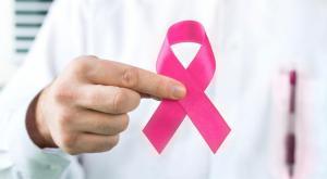5 أعراض لسرطان الثدي لا يجب إهمالها!