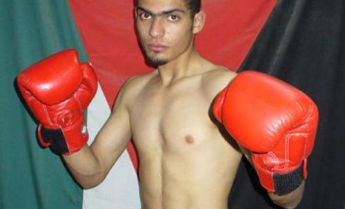 اشادة بفوز أبو حصوة بلقب بطولة العالم للكيك بوكسينغ