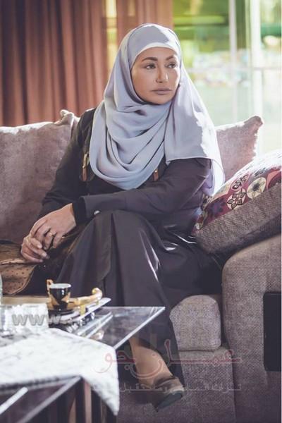 """ليلى علوي بالحجاب في """"التاريخ السري لكوثر"""""""