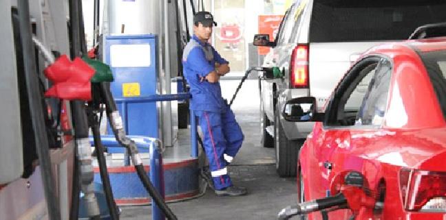 ترجيح رفع أسعار المحروقات 3 % وتثبيت الكاز والغاز