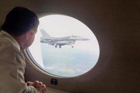 """ماذا لو حطّت """"طائرة الملك"""" في طهران ؟ هل تصبح ايران حليفا ؟"""
