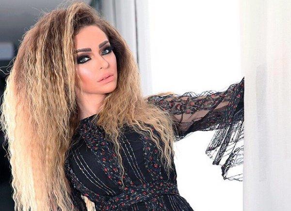 زين كرزون تقاضي ناشطا لبنانيا
