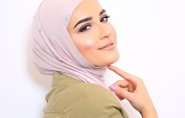 مكياج خفيف وناعم لعزائم رمضان