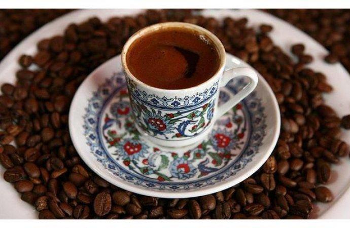 لصحة قلبك ..  تناول 4 أكواب قهوة يوميا