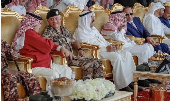 """الملك يحضر حفل اختتام فعاليات """"درع الخليج 1"""""""