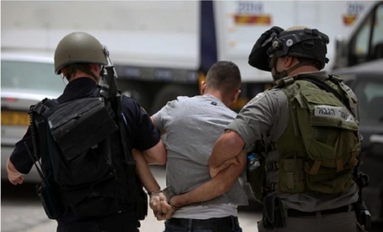 الاحتلال يعتقل 13 فلسطينيا بالضفة الغربية