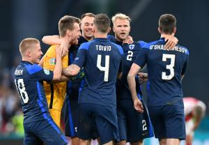 فوز تاريخي ل فنلندا
