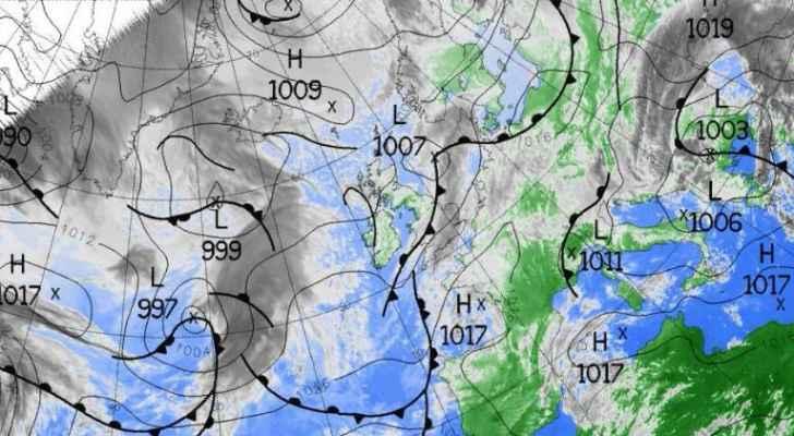 نماذج الطقس العالمية تتحدث عن فرصة تساقط أمطار وثلوج الجمعة  ..  تفاصيل