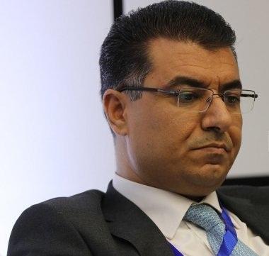 وزير الزراعة يتفقد مشاريع زراعية في الشوبك