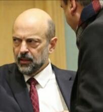 رئيس الوزراء الرزاز طلب اذن بإجراء تعديل وزاري موسع ويتذمر من التحرش بالحكومة