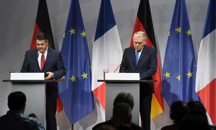 """ألمانيا وفرنسا تدعوان روسيا للاضطلاع """"بدور بناء"""" في سوريا"""