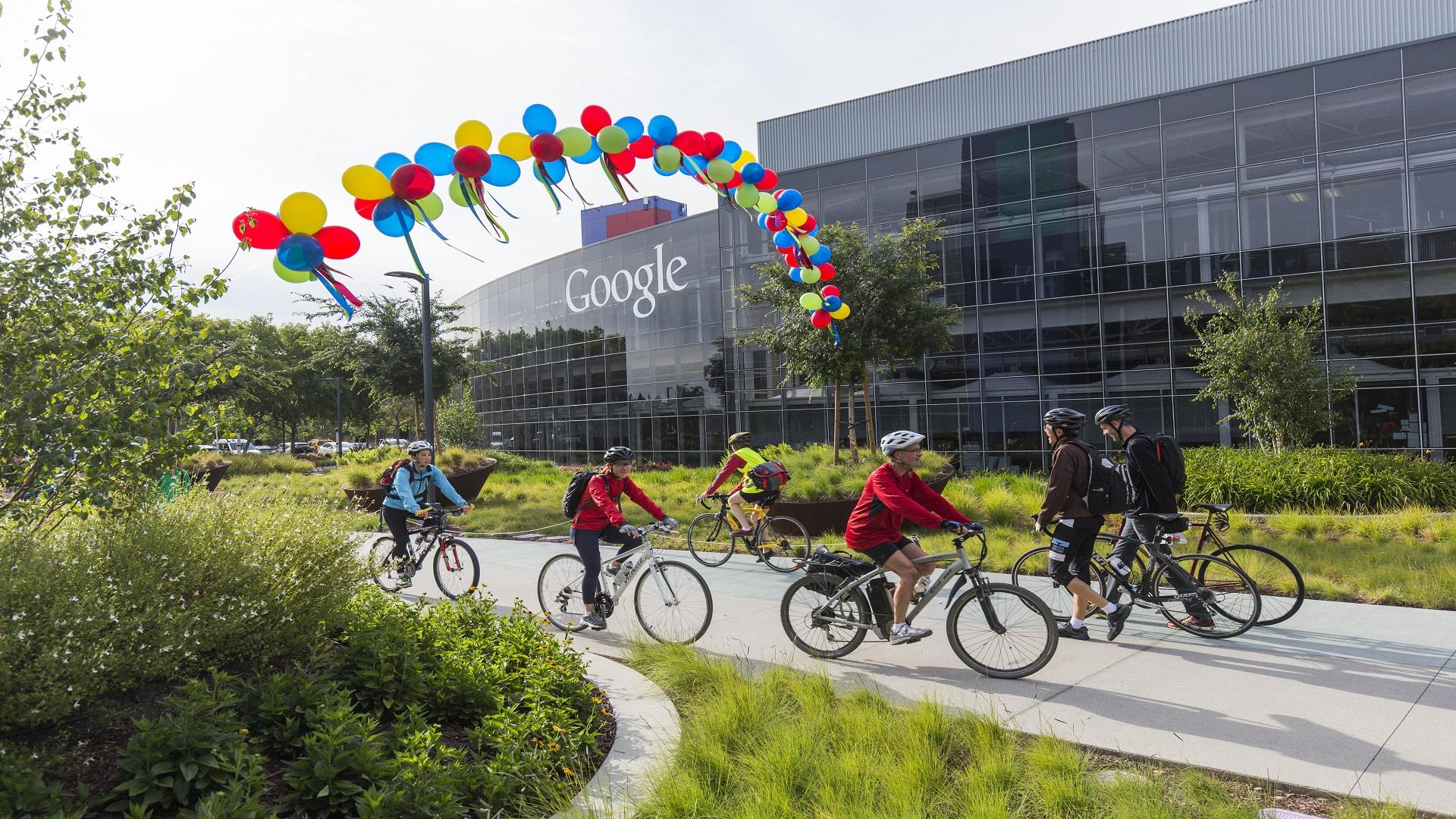 """موظفو """"غوغل"""" يحتجون ضد التعاون مع البنتاغون"""