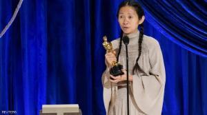 """أوسكار أفضل مخرجة ..  كيف باتت كلويه جاو """"الأولى في التاريخ""""؟"""