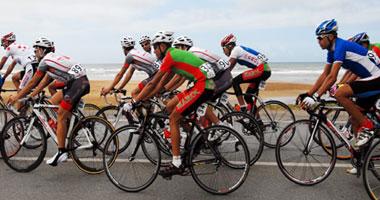 انطلاق سباق الدراجات الهوائية بمشاركة 25 متسابقا