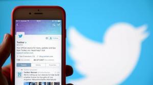 تويتر تترك لك الخيار ..  حدد من يرد على تغريداتك!