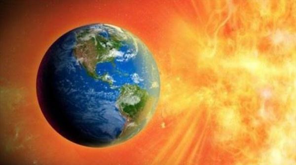 عاصفة مغناطيسية شمسية تؤثر على الأرض خلال اليومين القادمين
