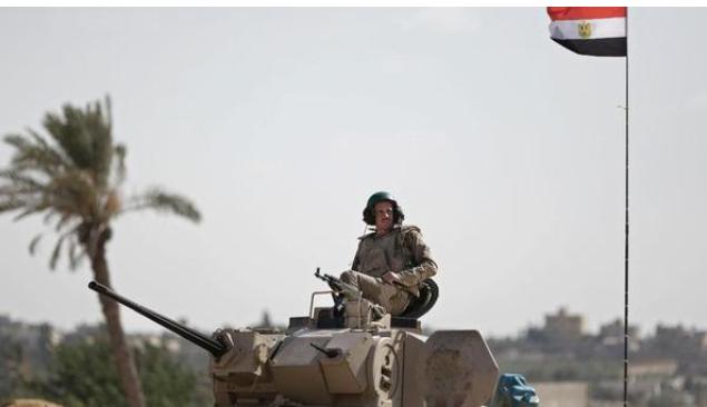 """الجيش المصري يعلن مقتل 19 """"تكفيريا"""" في سيناء"""